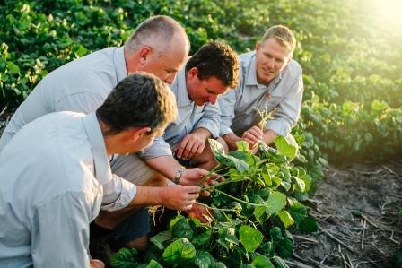 AgrifoodsTeamFeb17-1-32_websize
